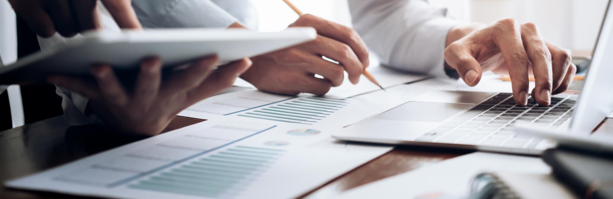 CFO Advisory – So richten Sie Ihre Finanzfunktionen und -prozesse für die Zukunft aus Header